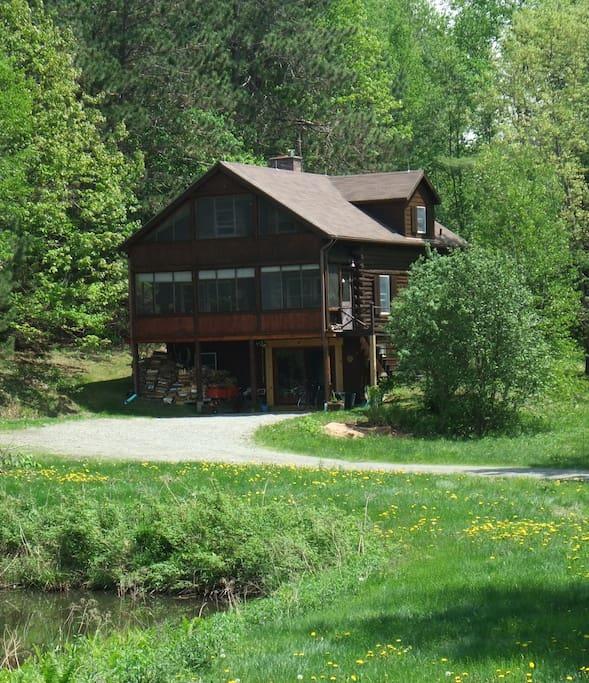 White Birch Lakeside Retreat